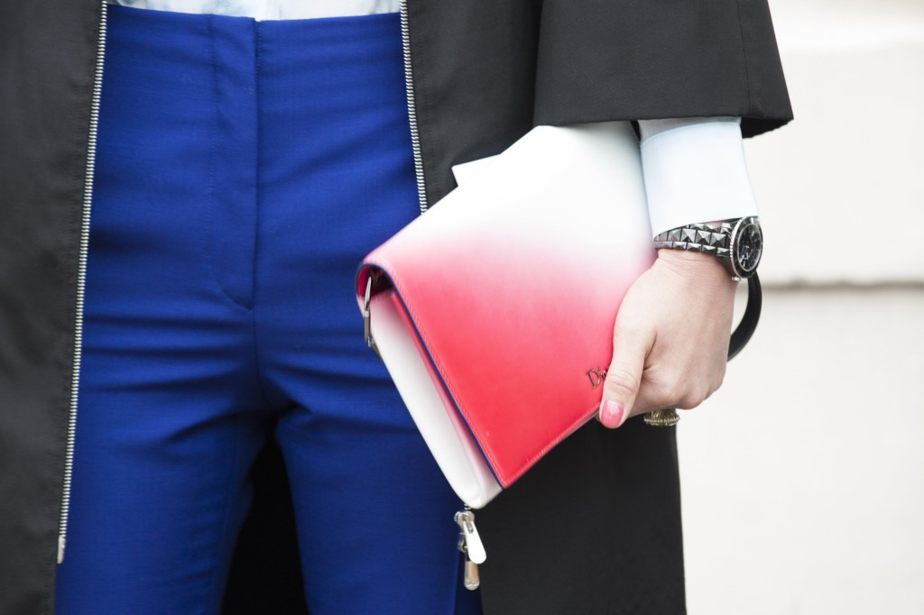 Street_Fashion_Dior_handbag_PFW_AW14_28